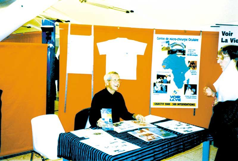 Au démarrage de l'association, il y avait un Président (Paul GIL), quelques amis et des manifestations pour nous permettre de communiquer nos objectifs. C'était en 1994.